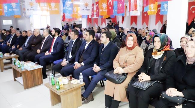 2019/12/1577640827_ak_parti_erkmen_ve_işiklar'da_kongresini_yapti_(3).jpg