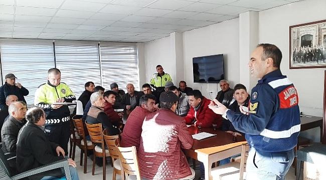 Jandarma servis sürücülerine eğitim semineri verdi